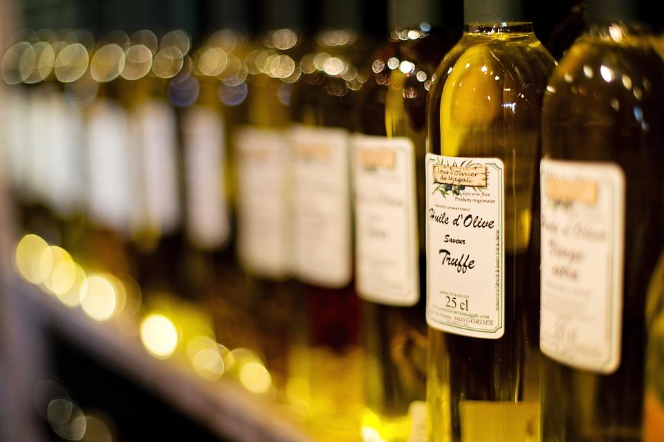 Оливковое, кукурузное, соевое, кунжутное и льняное масла