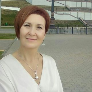 Елена Саитова