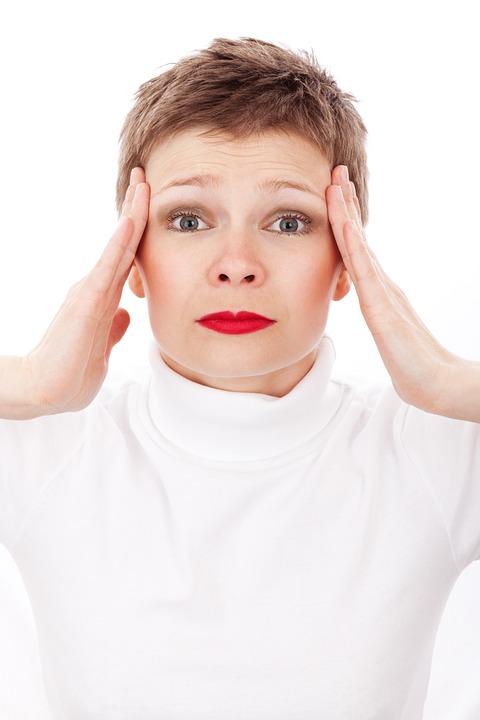 Первое, что сказывается на красоте лица – это хроническая занятость, стресс и усталость.