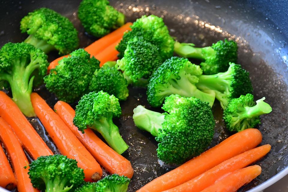 В морковке присутствует бета-каротин и витамин А (ретинол)
