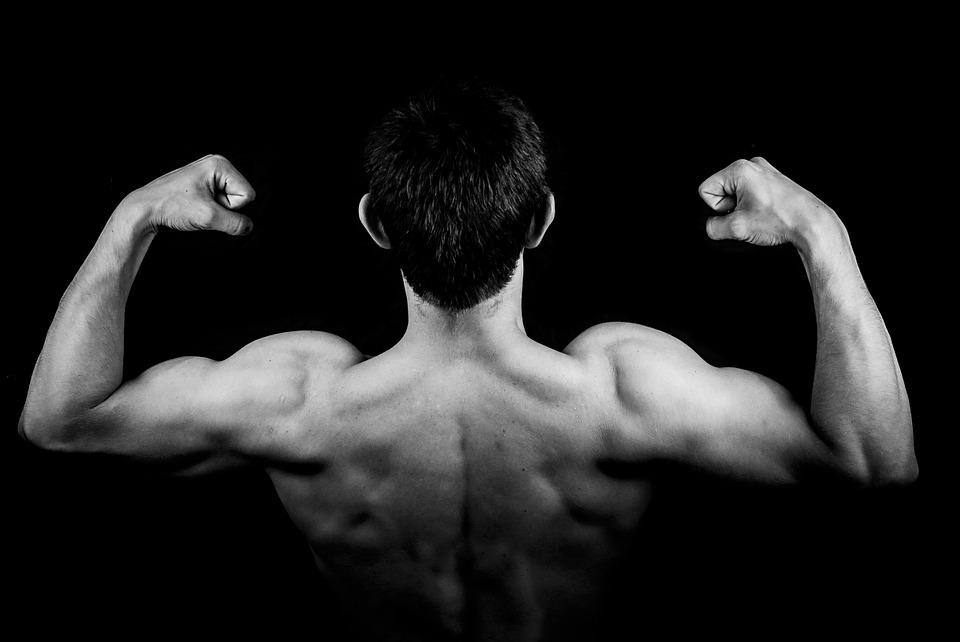 При занятиях спортом необходимо контролировать объем физических нагрузок.