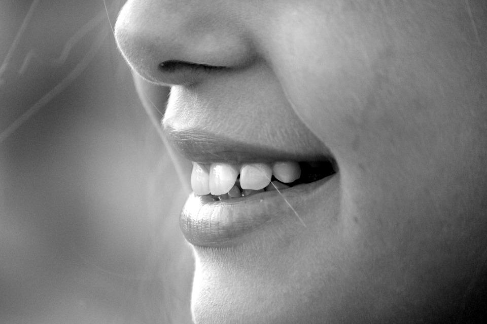 Такой вариант применения продукта полезен при заболеваниях десен и зубов.